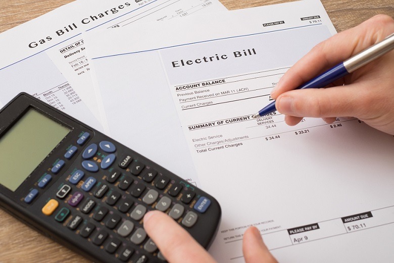 electric bill and calculator